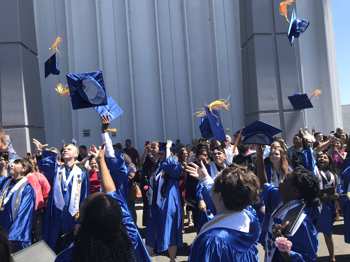 Mulberry High Class of 2019 graduates