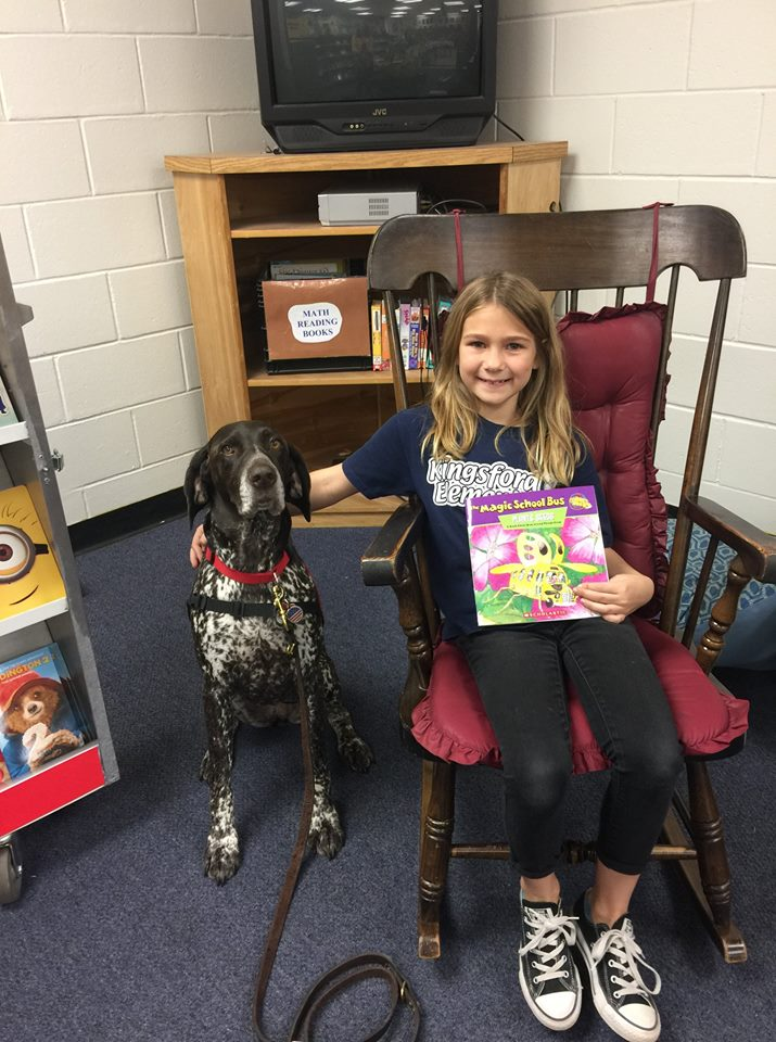 Tuesdays with Erma: How a Therapy Dog Helps Students Relax