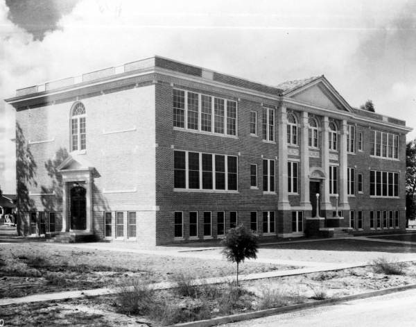 Old Davenport Elementary campus