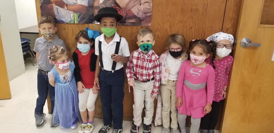 Photo of kindergarten students at Purcell Elementary